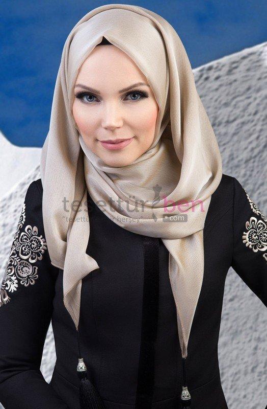 Muslima Wear Püsküllü Şal Bej