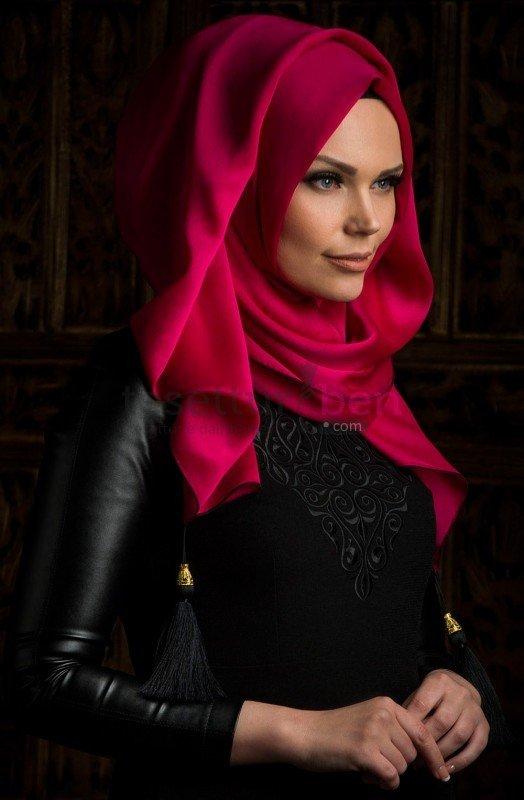Muslima Wear Püsküllü Şal Fuşya