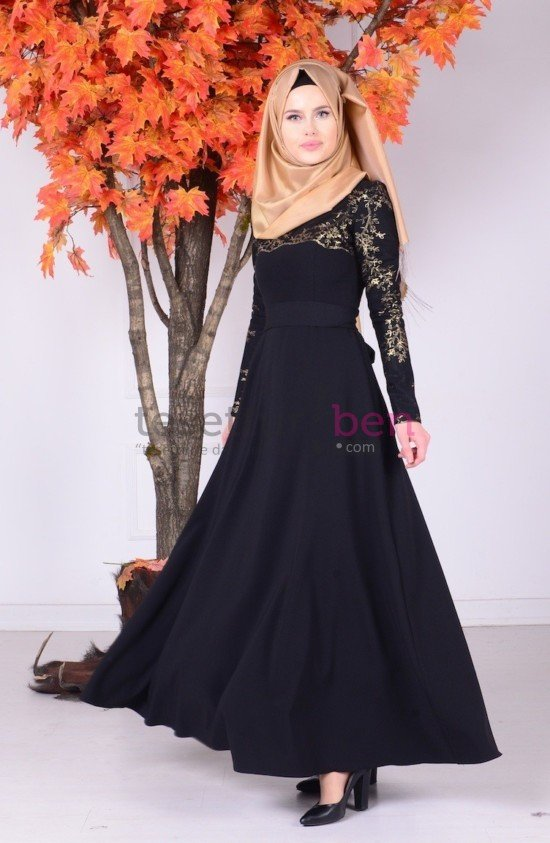 Sefa Merve Siyah Dantel Detaylı Elbise