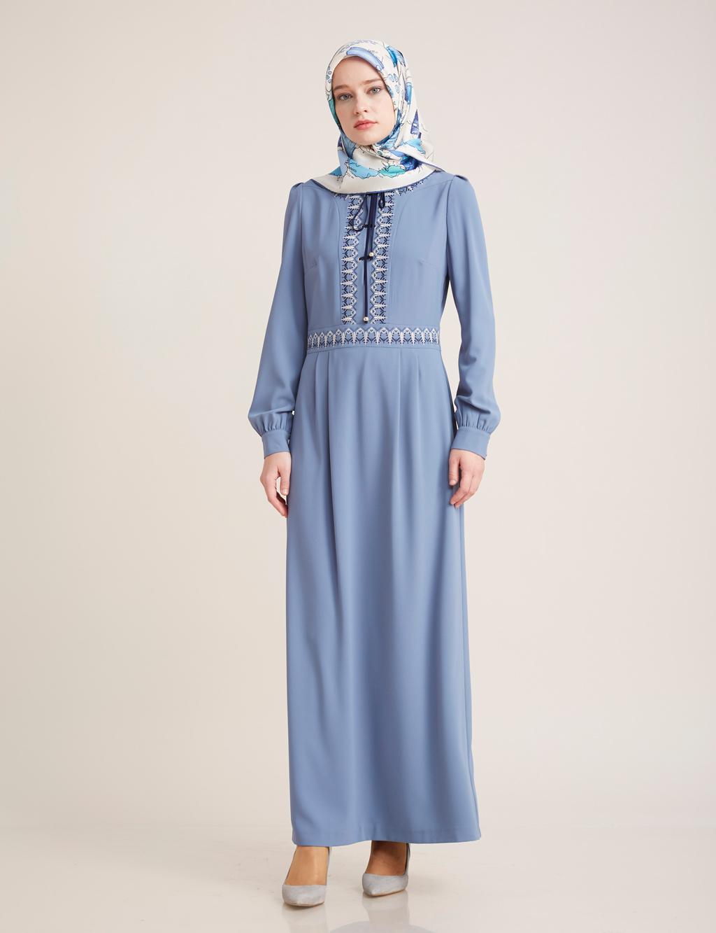 Kayra Giyim Önü Bağcık Detaylı Elbise Petrol