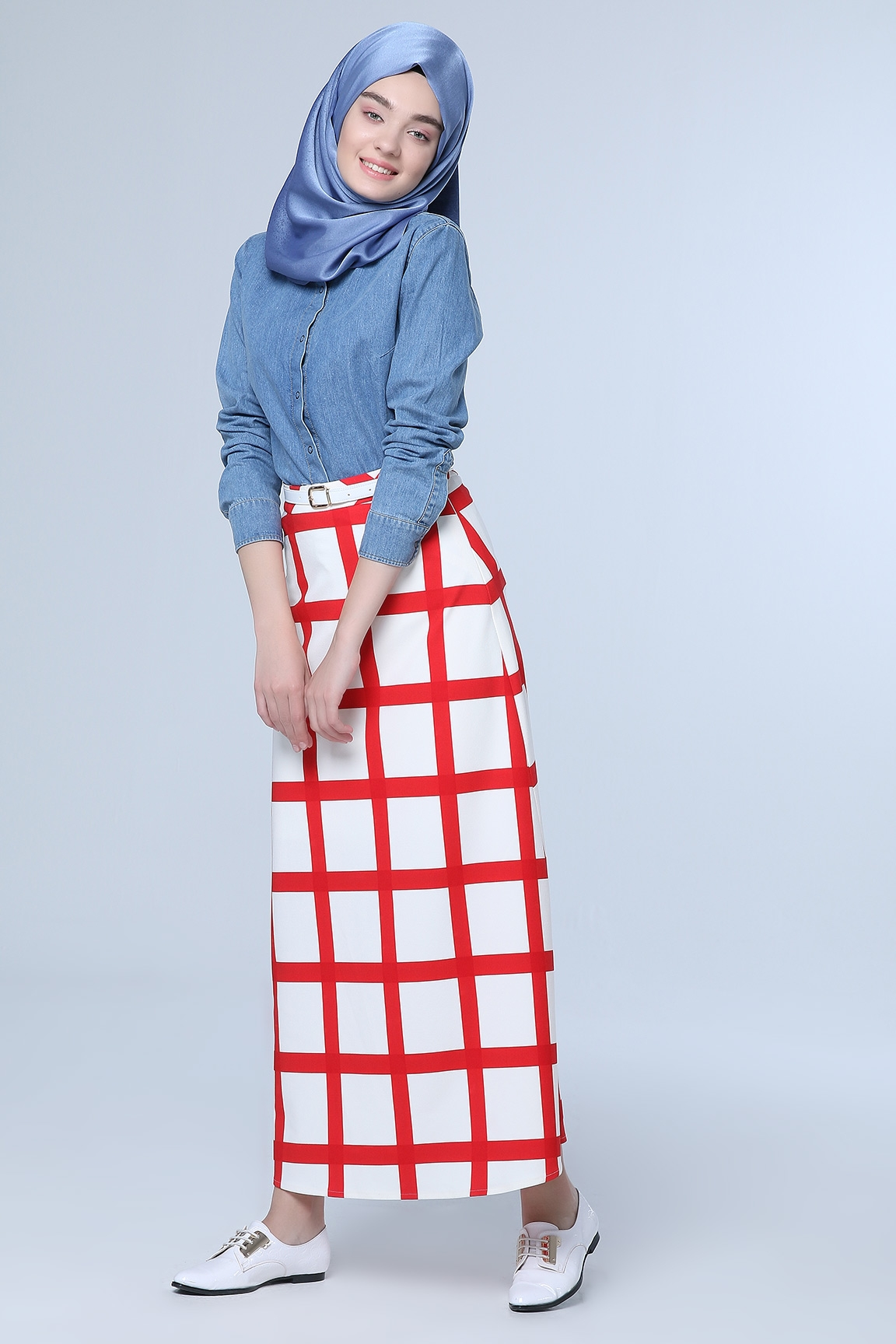Tozlu Giyim Kareli Kırmızı Etek