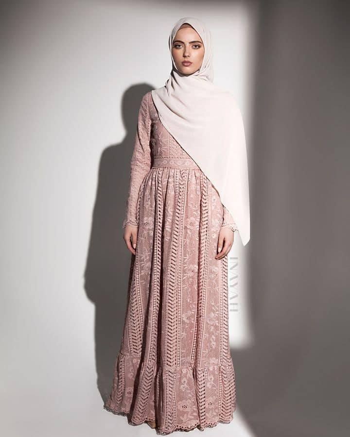 İnayah Ellen Lace in Dusty Pink